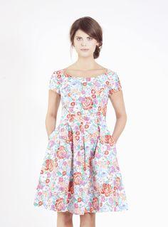 Knielange Kleider - P.I.A. flowered cotton dress - ein Designerstück von Femkit bei DaWanda