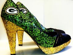 I NEED these!!!    Size 9 1/2 Green Bay Packers High Heel Packers Shoe by ShOoDesigns, $45.00