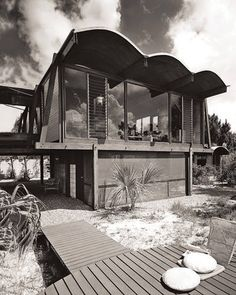 Master Builder -- The Hook guest house in Sarasota, completed in 1953. Designed by Paul Rudolph. Photographer: Ezra Stoller
