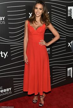 Jessica Alba oozes sex appeal in red dress for the 20th Annual Webby awards | Daily Mail Online