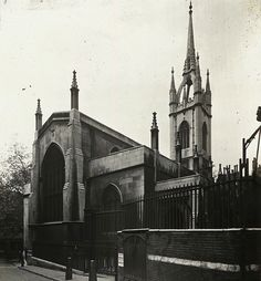 St Dunstan in the East, 1910