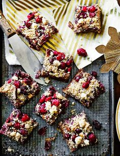 Mincemeat squares with cranberry marzipan streusel topping