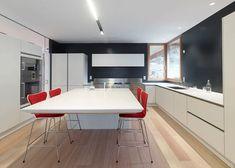 Sedie Rosse Da Cucina : Cucine moderne bianche e nere simple cucina moderna minimal