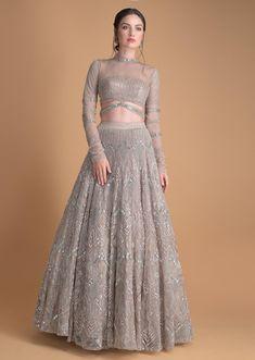 Party Wear Indian Dresses, Designer Party Wear Dresses, Indian Gowns Dresses, Indian Bridal Outfits, Indian Bridal Fashion, Dress Indian Style, Indian Fashion Dresses, Indian Designer Outfits, Saree Fashion