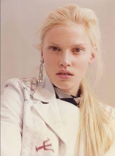 Lara Stone by Harley Weir for V Summer 2015 | The Fashionography
