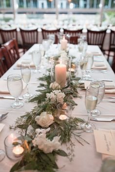 310 Lakeside wedding reception table garland & decor, Orlando | Captured by Elle