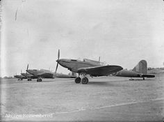 Aviation Image, Ww2 Aircraft, Fighter Jets, Battle, The Unit, Planes, Air Force, England, Training