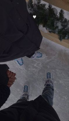 Cute Relationship Goals, Cute Relationships, Cute Couples Goals, Couple Goals, Couple Aesthetic, Instagram Story Ideas, Insta Story, Ice Skating, Couple Pictures