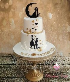 Winter Wedding Cakes – Tips and Suggestions – Cake Decorating Online Different Wedding Cakes, White Wedding Cakes, Beautiful Wedding Cakes, Gorgeous Cakes, Cake Wedding, Engagement Cake Design, Engagement Cakes, Wedding Cake Decorations, Wedding Cake Designs