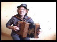 Balkan accordian