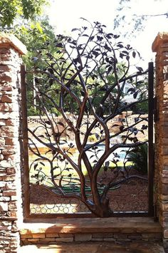 gorgeous metal tree gate