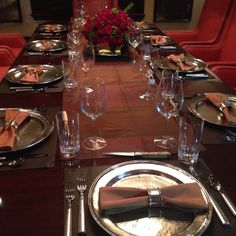 Set table for a Dinner party