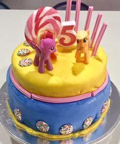 My Little Pony DIY birthday cake #mylittlepony #cake #5thbirthday #birthdaycake #fondant #diy #lollipop