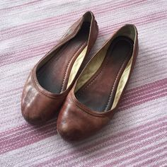 Frye Carson leather ballet flats The leather is sooo smooth and comfortable- guaranteed to not leave a blister! The cognac color means these flats go with EVERYTHING! I wear them year around Frye Shoes Flats & Loafers