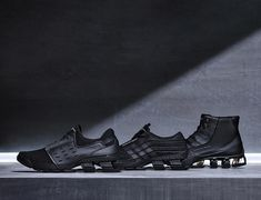 Triple black Bounce family #porschedesign #porsche #design #pds #shoes #sport #sneakers #engineer #collection #nostalgic #adidas #conceptkicks #tripleblack #productdesign #running #kicksonfire #kicksonlast