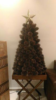 Árvore de Natal feira de pinhas!