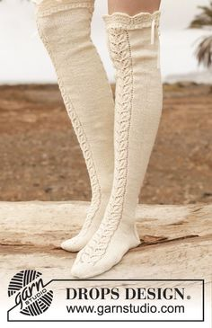 """Sofia - Knitted DROPS stockings with lace pattern in """"Fabel"""". - Free pattern by DROPS Design"""
