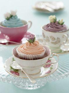 파스텔 로즈 티컵 컵케익