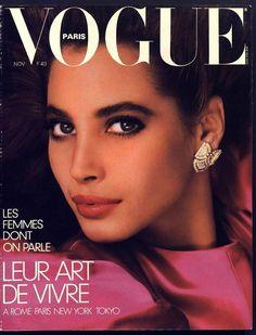Christy Turlington en couverture du numéro de novembre 1986 de Vogue Paris http://www.vogue.fr/thevoguelist/christy-turlington/43