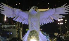 Unidos da Tijuca e Beija-Flor são destaques da segunda noite de desfiles do Grupo Especial