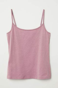Shop online for affordable women's tops at H&M, from tanks, t-shirts and camis to dressy going-out tops. World Of Fashion, Fashion News, Sleeveless Tunic Tops, Going Out Tops, H&m Gifts, Crop Tops, Tank Tops, Fashion Company, Basic Tank Top