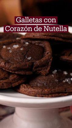 Just Desserts, Dessert Recipes, Deli Food, Tasty, Yummy Food, Chocolate Cookies, Chocolates, Love Food, Sweet Recipes