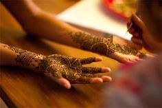 Image discovered by nothinggoldcanstay. Find images and videos about tattoo and henna on We Heart It - the app to get lost in what you love. Eid Mehndi Designs, Indian Fusion Wedding, My Beautiful Friend, Bridal Henna, Wedding Looks, Wedding Stuff, Mehendi, I Tattoo, Body Art