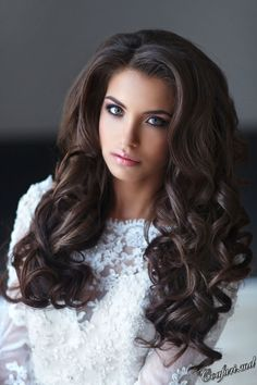 Amazing wedding half up half down hairstyles from Elstyle bridal stylist. Look and choose for yourself Fancy Hairstyles, Down Hairstyles, Wedding Hairstyles, Half Up Half Down Hair, Loose Curls, Ginger Hair, Hair Pictures, Big Hair, Hair Dos