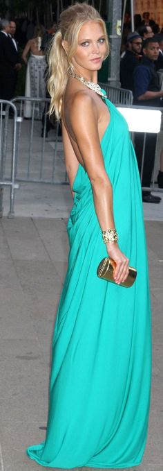 Erin Heatherton in Michael Kors at the 2012 CFDA/Vogue Fashion Awards Id wear it in a different color, but I love it!