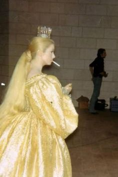 Catherine Deneuve sur le tournage de Peau d'Âne