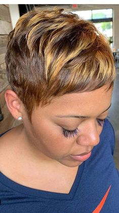 Obtain new hair care tips. Obtain new hair care tips. Short Hairstyles For Thick Hair, Pixie Hairstyles, Short Hair Cuts, Curly Hair Styles, Natural Hair Styles, Everyday Hairstyles, Formal Hairstyles, Work Hairstyles, Hairstyles Videos