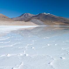 La laguna de Tuyajto, uno de los secretos de Atacama (Chile)