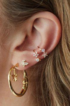 72 Ear Piercing For Women Cute And Beautiful Ideas - The Finest Feed - 72 Ear P. - 72 Ear Piercing For Women Cute And Beautiful Ideas – The Finest Feed – 72 Ear Piercing For Wom - Ear Piercing For Women, Piercing Face, Cool Ear Piercings, Daith Piercing, Peircings, Mouth Piercings, Ear Jewelry, Cute Jewelry, Women Jewelry