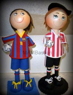 Fofuchos del Barça y del Athletic de nuestras alumnas del curso de fofuchas.   MAM Basauri