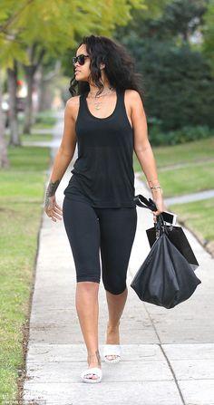 Rihanna dons tight leggings amid rumours of Leonardo DiCaprio romance #dailymail