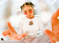 UNIF Clothing S/S 2018 fisheye lens + shiny nylon utility-chic pants + metallic fluorescent room + tinted oval shades Film Photography, Creative Photography, Fashion Photography, Fish Eye Photography, Unif Clothing, Perspective Photography, Retro Futurism, Strike A Pose, Aesthetic Pictures