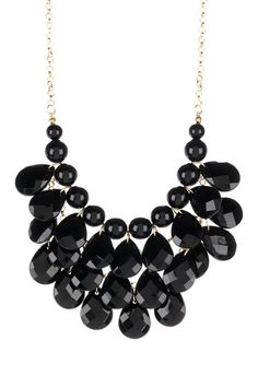 Black Teardrop Statement Necklace. Luv this i have these in red, black, torquiose and white ♡