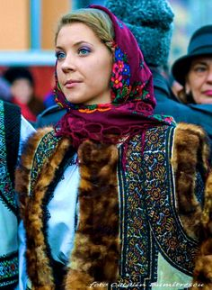 Romanian people National folk clothing (part