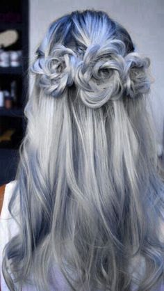 There is 0 tip to buy hair accessory, hair, hair inspiration, blue hair, hairstyles. Help by posting a tip if you know where to get one of these clothes. Colored Hair Tips, Coloured Hair, Hot Hair Colors, Hair Colors For Winter, Braids For Long Hair, Grunge Hair, Soft Grunge, Goth Hair, Pastel Grunge