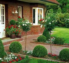 101 Outdoor Landscaping, Landscaping Plants, Front Yard Landscaping, Landscape Design, Garden Design, Driveway Design, Dream Garden, Garden Planning, Garden Paths