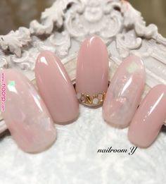 beautiful soft pink nail art My beauty room in 2019 Soft Pink Nails, Pink Nail Art, Korean Nail Art, Korean Nails, Wedding Day Nails, Bridal Nails, Hair And Nails, My Nails, Japan Nail Art