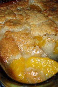 Farm Fresh Peach Cobbler Recipe.  So easy to make and so good! Love peach season!