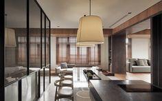 台灣設計師「工一設計」的作品「蘭陽 映像」。 位於宜蘭的老屋改造案例,將蘭陽平原特有的生活及環境融入空間設計中,設計者引用宜蘭的層山,峽谷裡的天光,雨及山嵐做為設計元素。並在空間上刻意放大公共空間,希望家人在此空間生活能因宜蘭樂活的生活步調而有新的化學反應。 利用空間及家具配置,將餐廳區域整合為使用人數可達20人以上的休閒區域,左鄰右舍可以在此區域使用整合過的中島及餐桌,在臥榻與餐桌對談及享用茶點。 via 工一設計