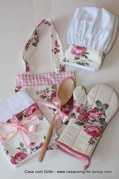Explore Costura com Arte . Sewing Hacks, Sewing Crafts, Sewing Projects, Sewing Aprons, Sewing Clothes, Handmade Crafts, Diy And Crafts, Towel Crafts, Cute Aprons