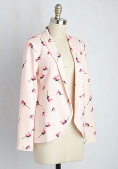 SIZE 8 (UK) - Make an entrance at your next big appointment by sporting this playful blush blazer. Emboldening your creative know-how with its pink rosebud print and folded collar, this shoulder-padded, ModCloth-exclusive jacket mixes business and pleasure with expert panache!