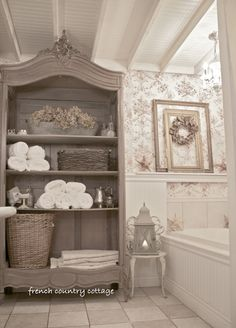 Courtney Baker Baker French Country Cottage& bathroom is incredibly charmin. Courtney Baker Baker French Country Cottage& bathroom is incredibly charming. Lots of before and after pics! French Country Bedrooms, French Country Farmhouse, French Country Decorating, French Country Bathroom Ideas, Cottage Farmhouse, French Bathroom Decor, Cottage Decorating, French Country Interiors, Bathroom Interior