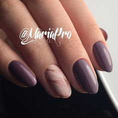 Delicate Marbled Accent #ovalnails #naturalnails #marblenails ❤️ Great mauve color nails for the creation of beautiful manicures. It is time you combine dusty rose and purple shades into single nail art! ❤️ See more: https://naildesignsjournal.com/mauve-color-nails-ideas/ #naildesignsjournal #nails #nailart #naildesigns #mauvecolor #mauvenails