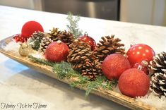 Honey We're Home: Christmas Dough Bowl -- I need one of these! So fun to decorate all year long! | #holiDIY #ChristmasDecor #ChristmasTablescape #ChristmasCenterpiece