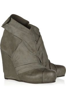 LD Tuttle  The Empty leather ankle boots