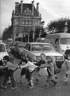 by Robert Doisneau - Paris